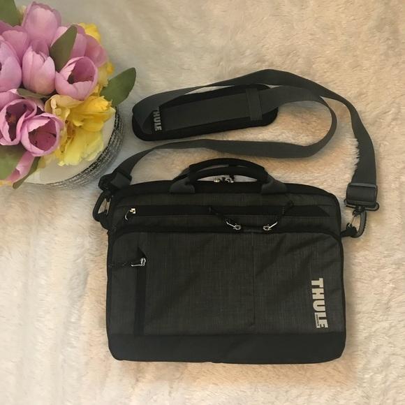 best website 6bdd0 42a98 EUC Thule Sweden Laptop Notebook Bag